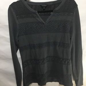 LUCKY BRAND long sleeve v neck SIZE:: XLARGE.